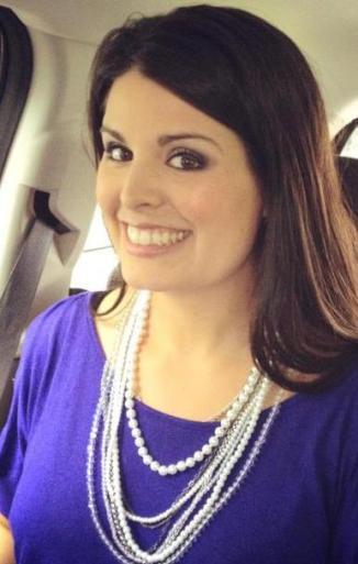 Rosanna Hulson from BeeyoutifulSkin.com